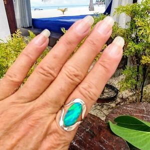 🆕⛱️ Mexico Sterling Silver Blue Fire Opal Ring